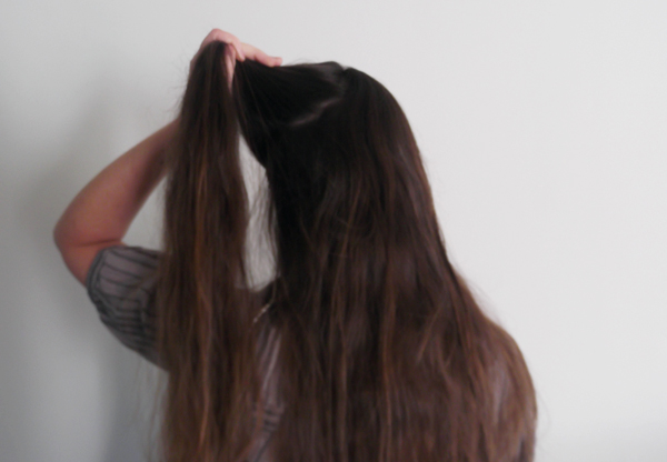 Worlds Thickest Hair   playing with the world s thickest